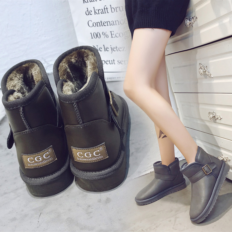 雪地防滑雪地靴2019秋冬季女短靴韩版百搭棉鞋a雪地学生棉防水皮面
