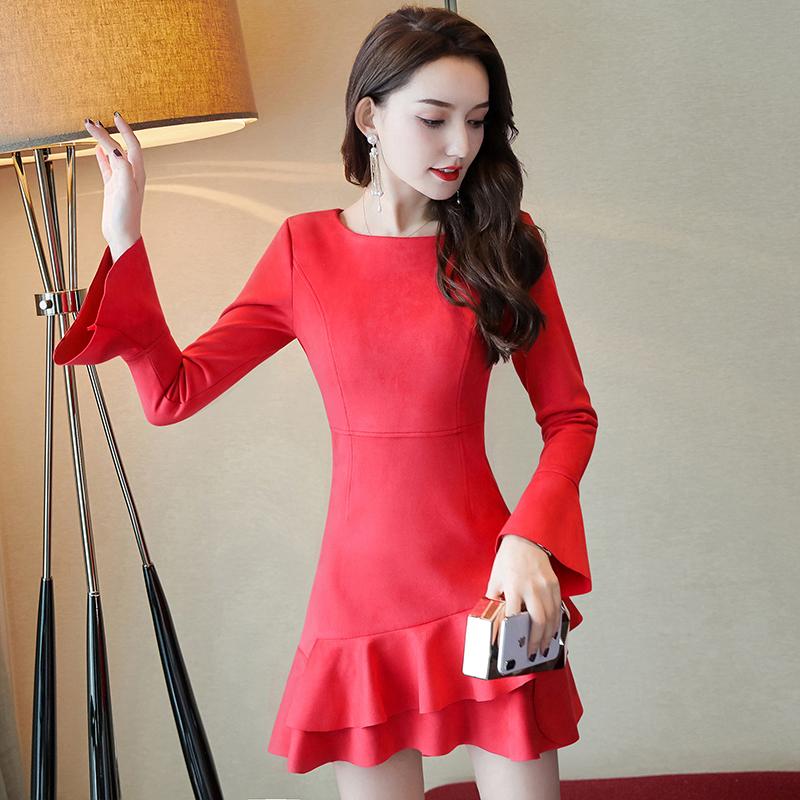 红色打底裙女秋冬季小个子2018新款韩版鹿皮绒连衣裙修身短款裙子