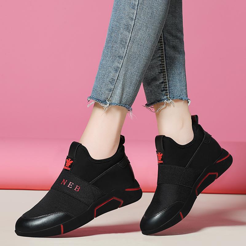 法国大女士黑色运动鞋秋季2018新款韩版百搭轻便跑步公鸡旅游休闲