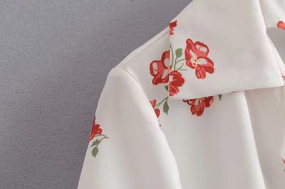 法式复古少女2019年春夏新款白色翻领花朵印花衬衫短袖小衬衫女