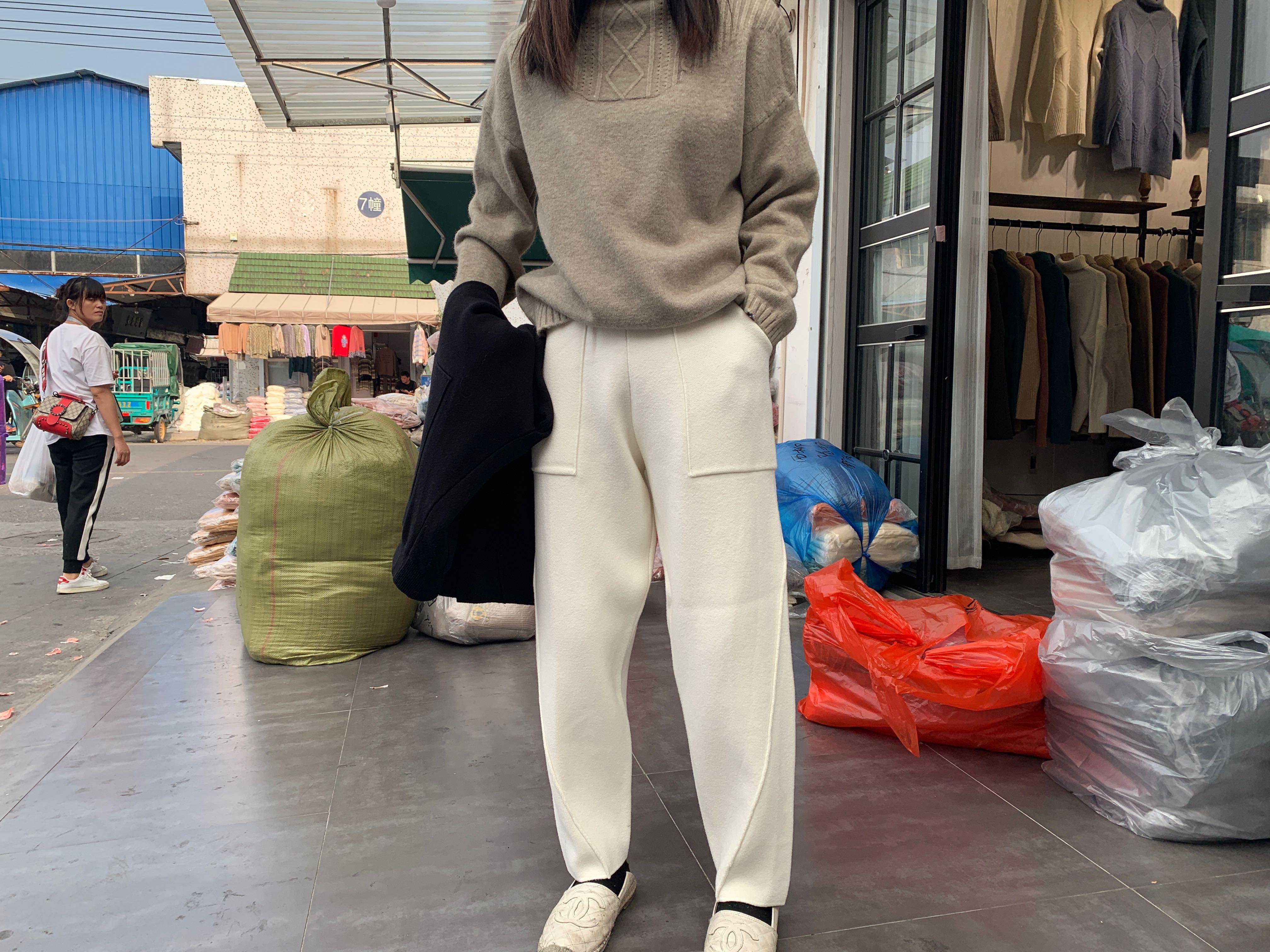 111秋冬女萝卜新款宽松裤子裤针织阔腿裤2019网红加厚高腰奶奶裤