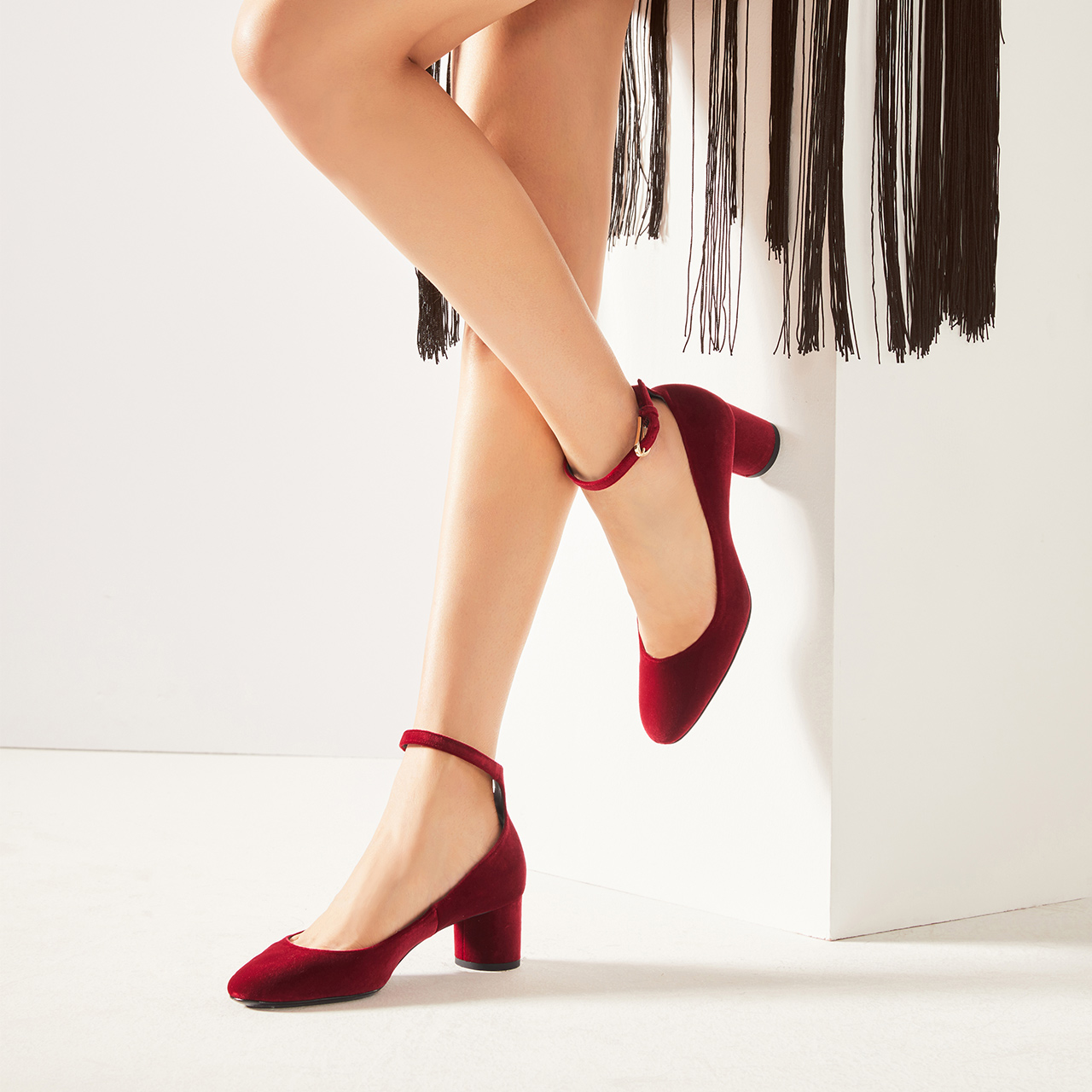 STELLA LUNA女鞋秋冬新品天鵝絨一字扣粗跟單鞋女婚鞋SH333F22170