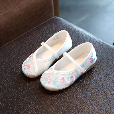 Children's old Beijing shoes embroidered shoes girl accessories special link