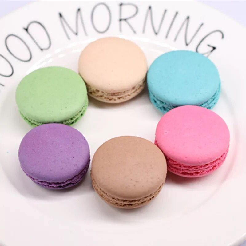 Champagne Mixed Color Macaron 84 Pieces
