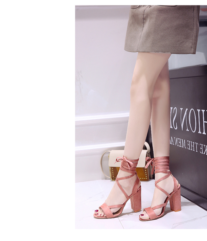 Summer new Roman style cross straps thick with sandals wild small fresh high heels. 17