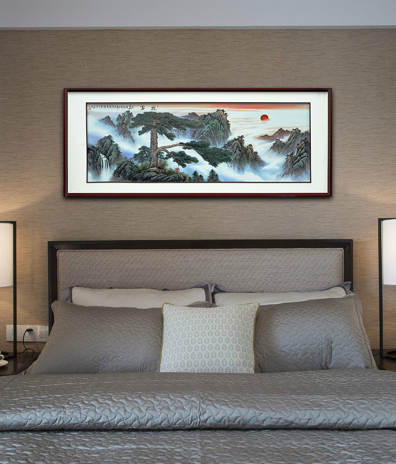 Hand - made guest - the greeting pine landscape jingdezhen porcelain plate paintings of Chinese style ceramic painting hotel central scroll paintings feng shui living room
