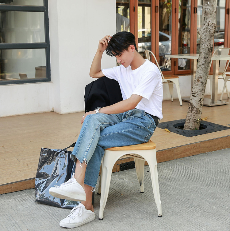 Made Korean version of the jeans men and young summer loose straight nine-cent edge pants. 6