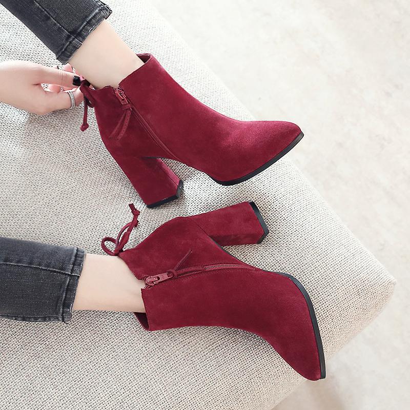 真皮短靴尖头秋冬季磨砂粗跟高跟鞋马丁靴玫红色结婚靴单靴女靴子