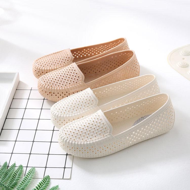 夏季女款洞洞镂空女鞋塑料白色凉鞋防滑平底护士鞋孕妇妈妈鞋舒适详细照片