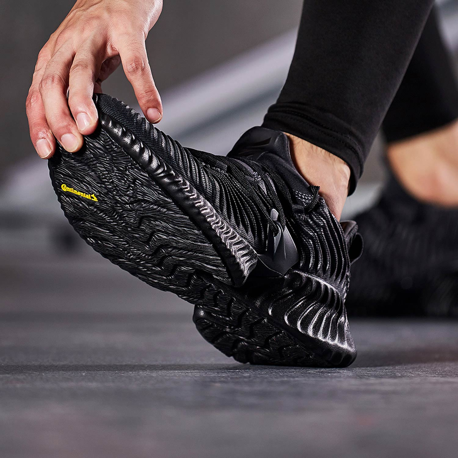 c5708ab5179f8 ... Adidas running shoes men s shoes women s shoes 2019 summer Alpha small  coconut shoes casual shoes sports