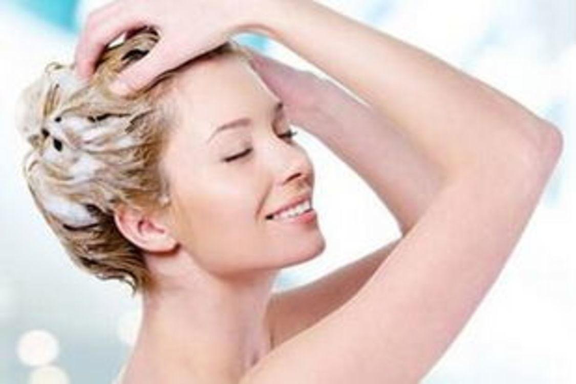 不用去理发店,在家也能给头发做spa