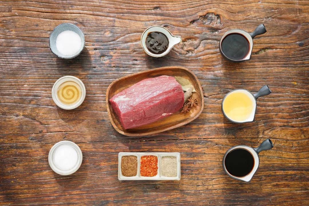 在家自制麻辣牛肉干,大份量更解馋