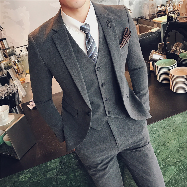 MEDIUM GRAY  SUIT + PANTS + VEST  TO SEND A TIE