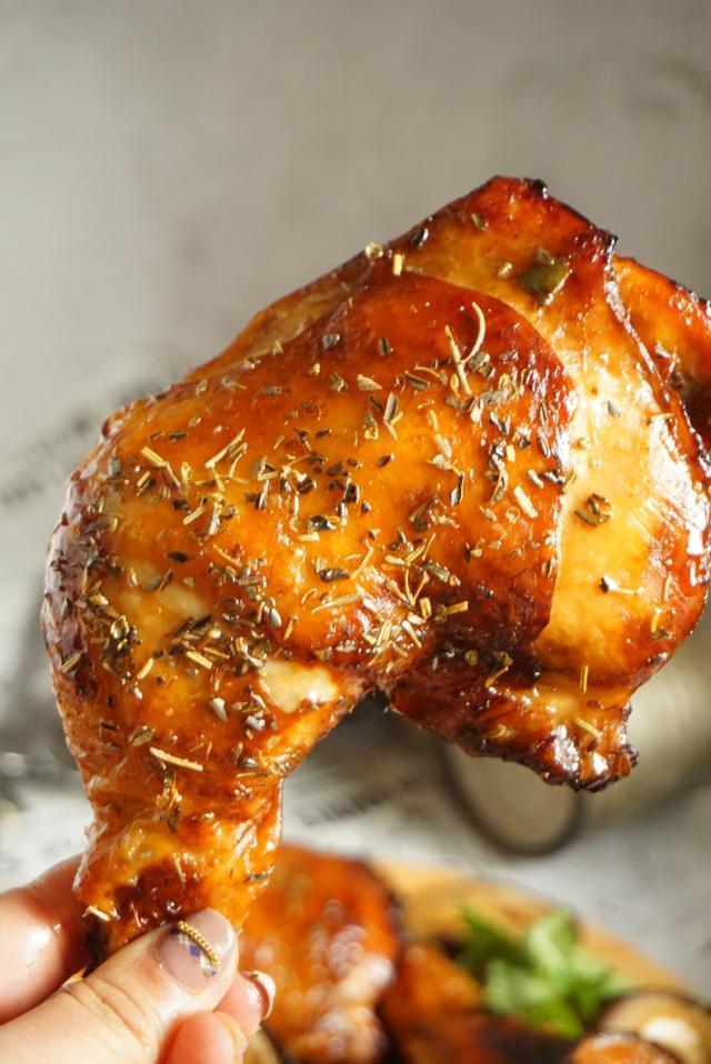 圣诞节1次学会烤鸡鸡翅,火候配方是关键4
