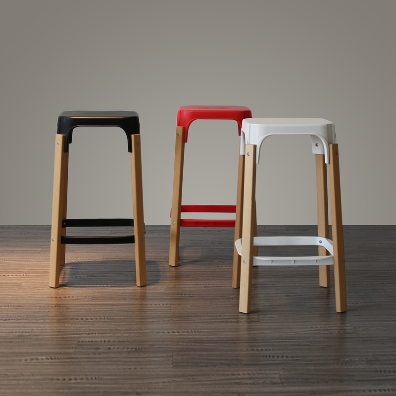 Creative Denmark Small Apartment High End Designer Nordic Fashion Simple Solid  Wood High Chair Front