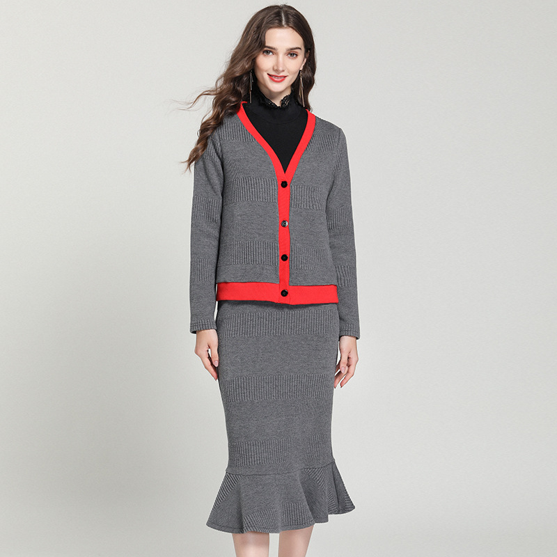 胖外套大码冬装女2018套装新款针织撞色件套+半身裙两丫头