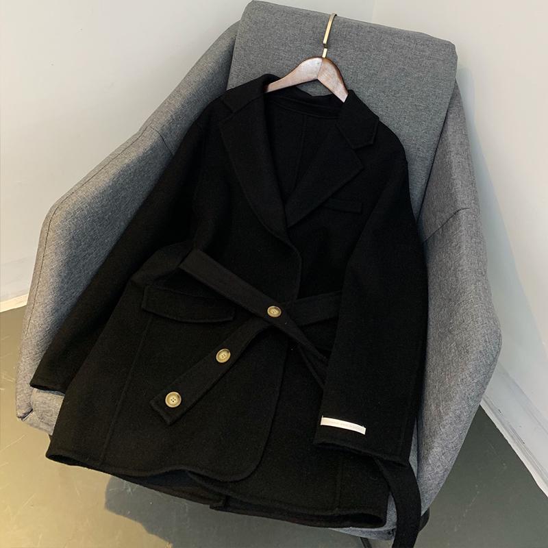 Phiên bản Hàn Quốc của thiết kế lỏng lẻo nút thắt lưng người đàn ông nhỏ phong cách nước ngoài hai mặt làm bằng tay len phù hợp với áo khoác nữ - Áo khoác ngắn