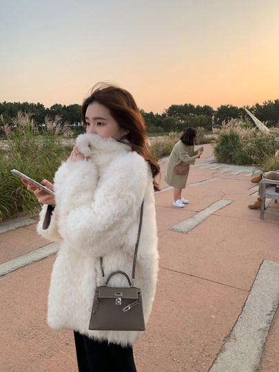 ASM ANNA new Tuscan small curly hair - fashionable vertical collar fur textured fur all-in-one coat woman