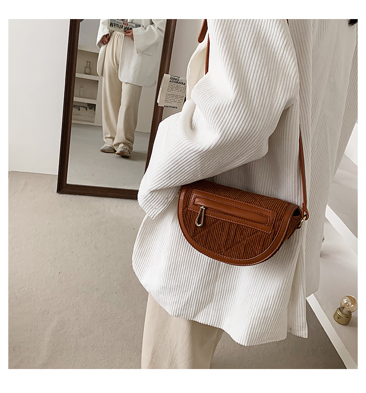 fashion corduroy saddle bag NHLH305853