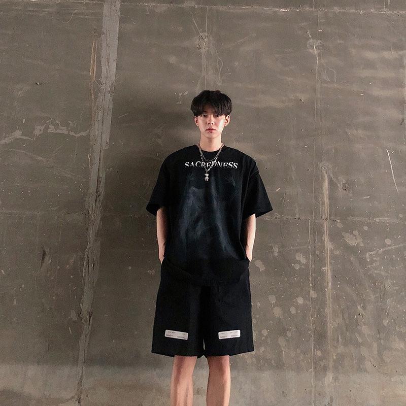 暗黑系男装夏季休闲套装男潮流韩版学生运动风宽松短袖短裤两件套