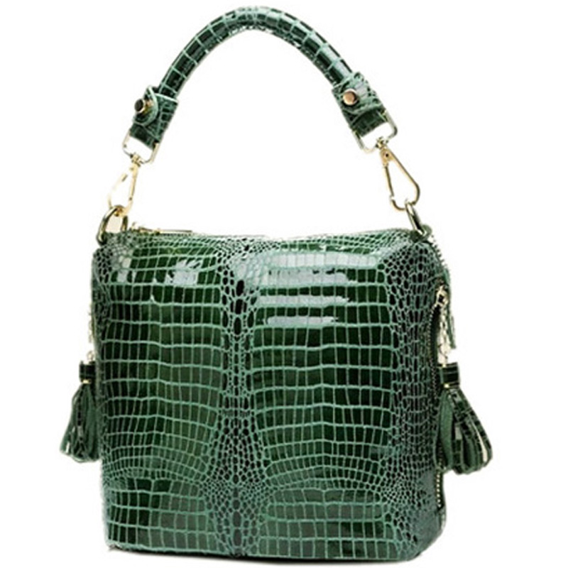 c603ffb039ee 2018 summer new crocodile pattern pure leather female fashion portable  shoulder messenger plaid Combs bucket leather