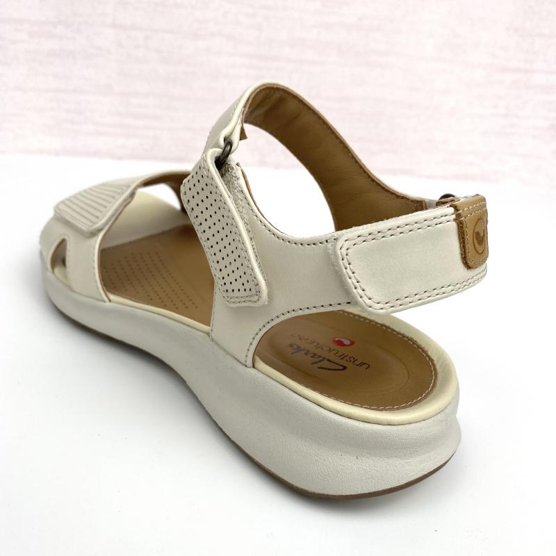 川上潮流clarks其樂女鞋Un Adorn Calm舒適魔術貼平底真皮涼鞋女26148723