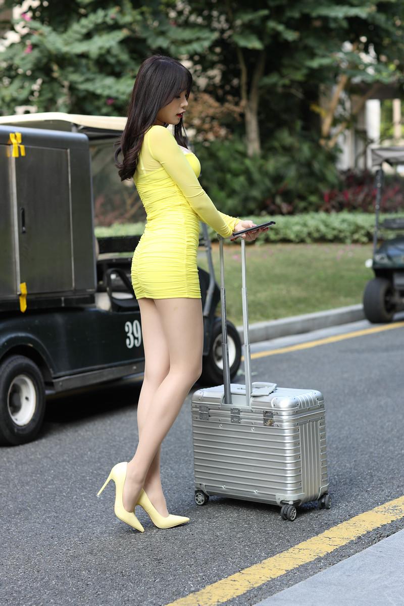 芝芝性感黄色包臀裙【套图+视频】 31833183  帖子ID:662