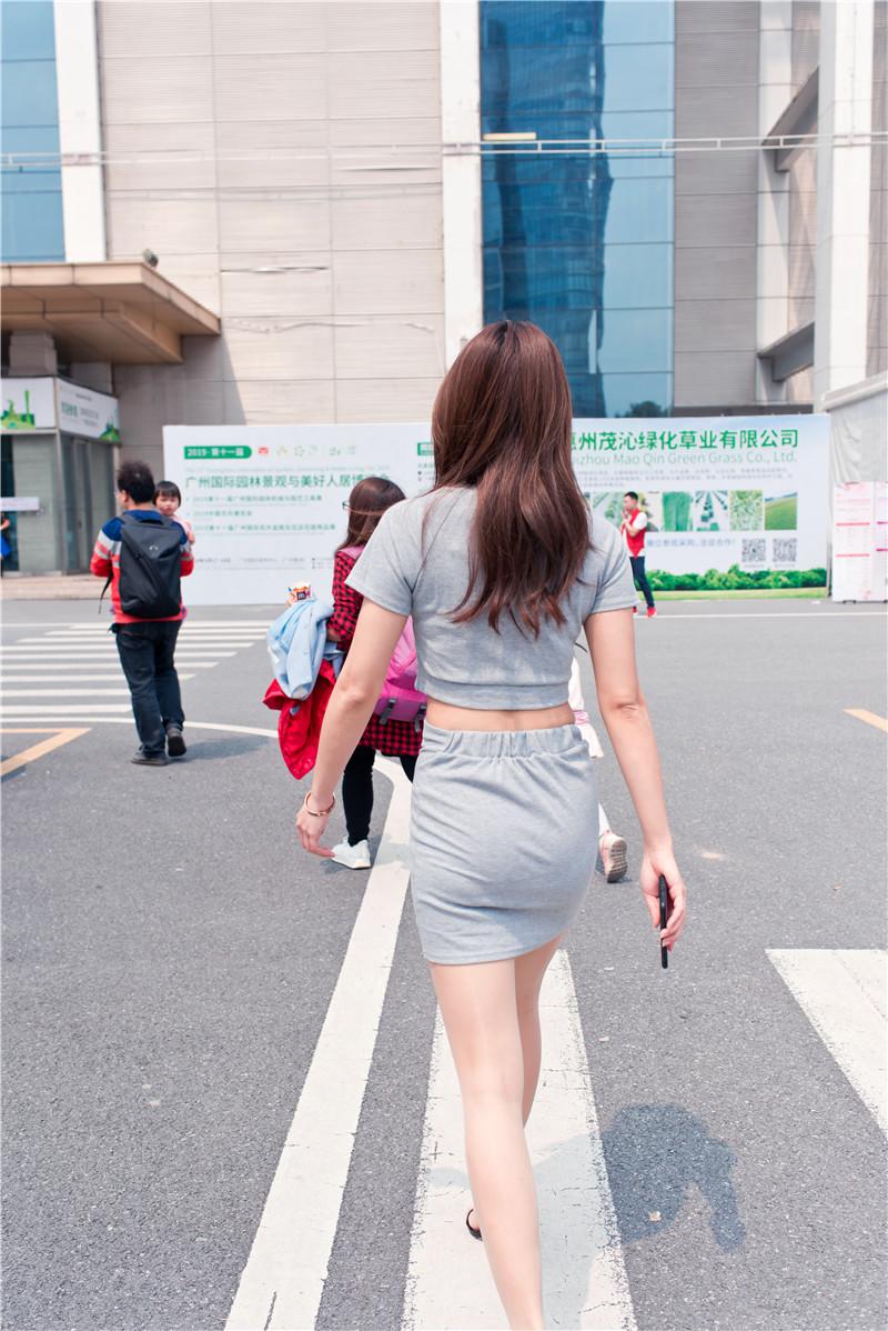 灰色短裙 【套图+视频】 14001400 帖子ID:47