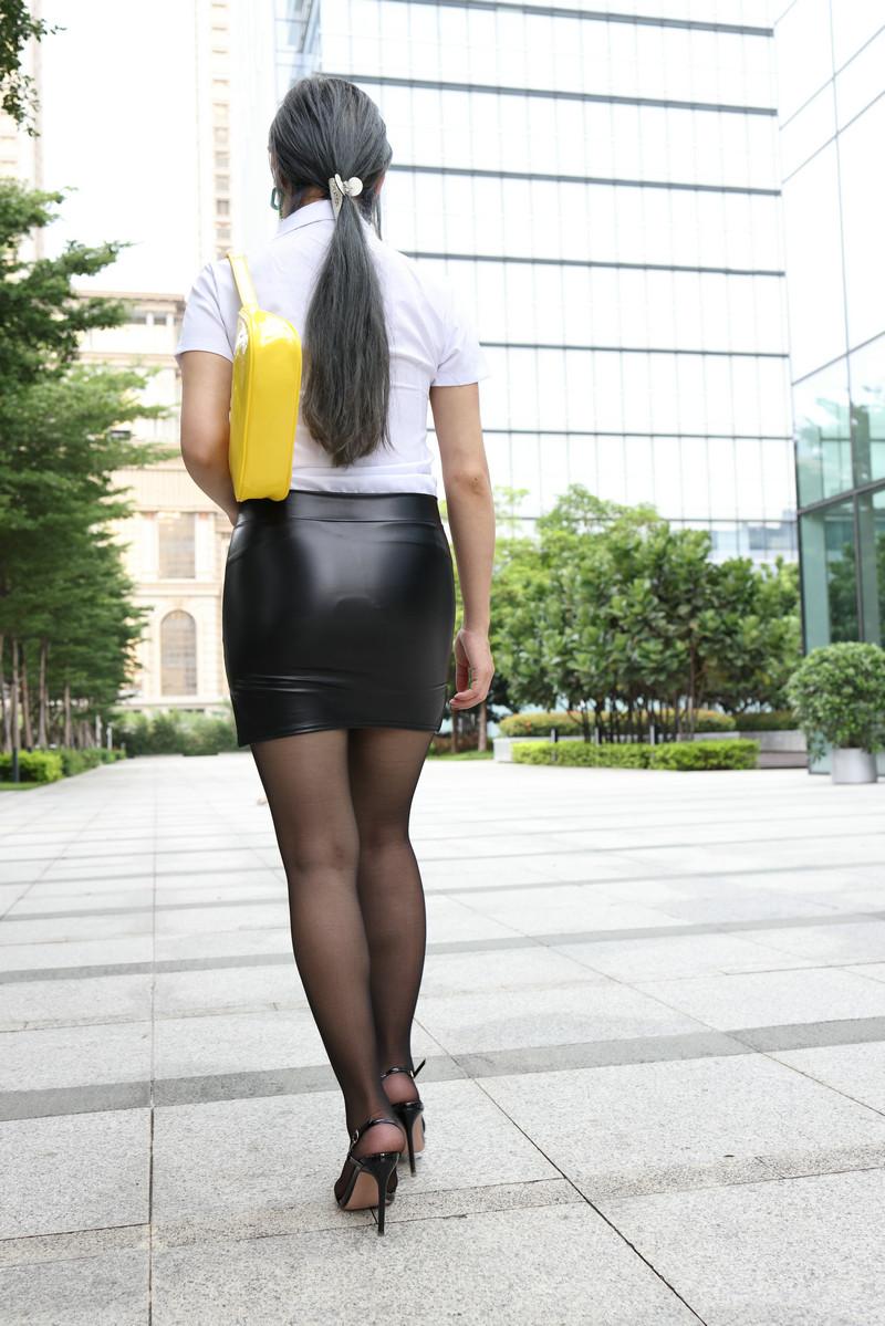 范家辉模拍作品皮裙黑丝【套图+视频】 83678367  帖子ID:821