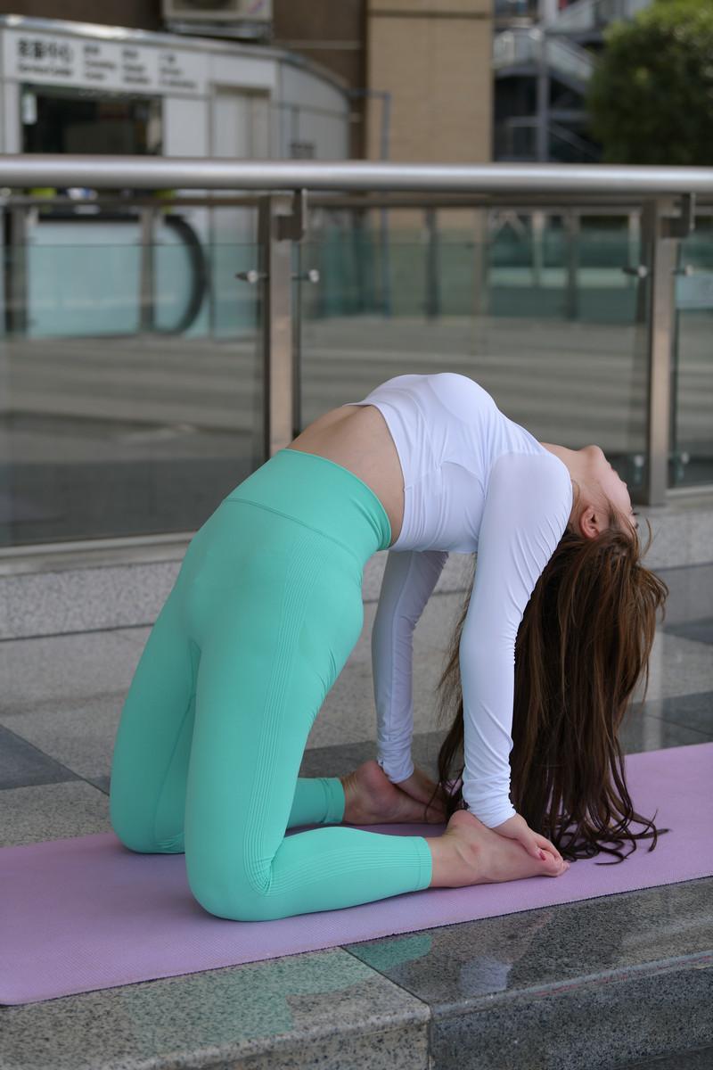 宅宅街拍作品绿色瑜伽裤女孩【视频+图片】 95979597 帖子ID:785