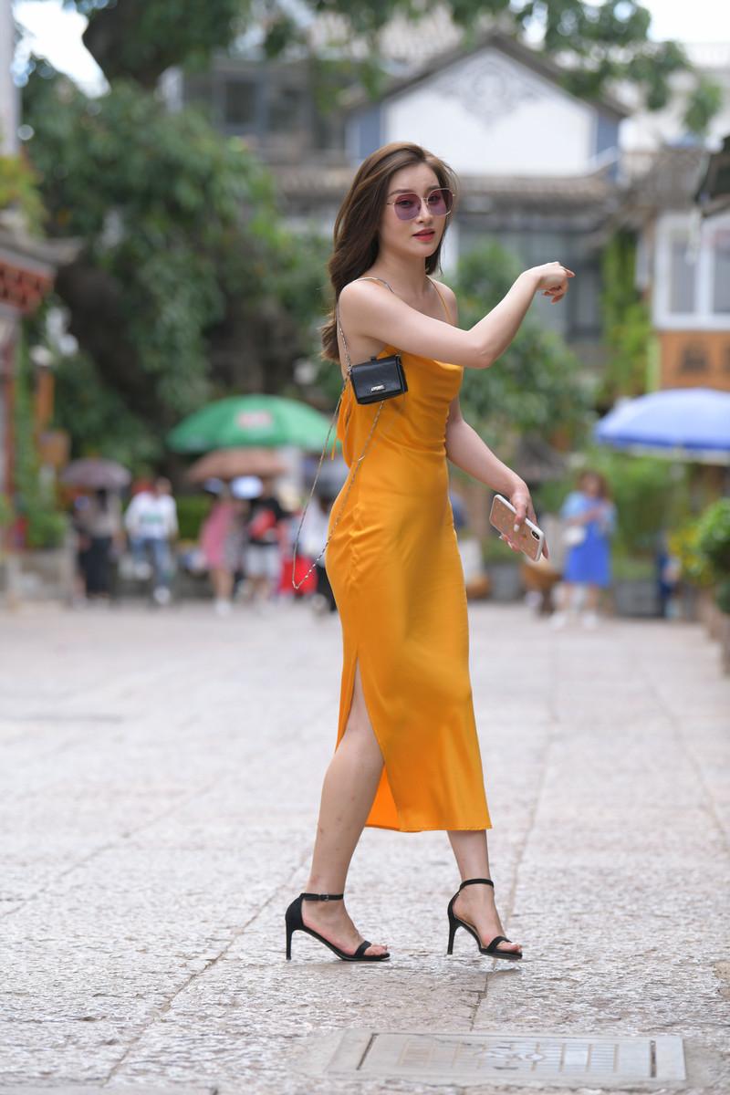 红石大理旅拍作品第三篇黄色包臀裙美女【视频+图片】 59695969  帖子ID:762