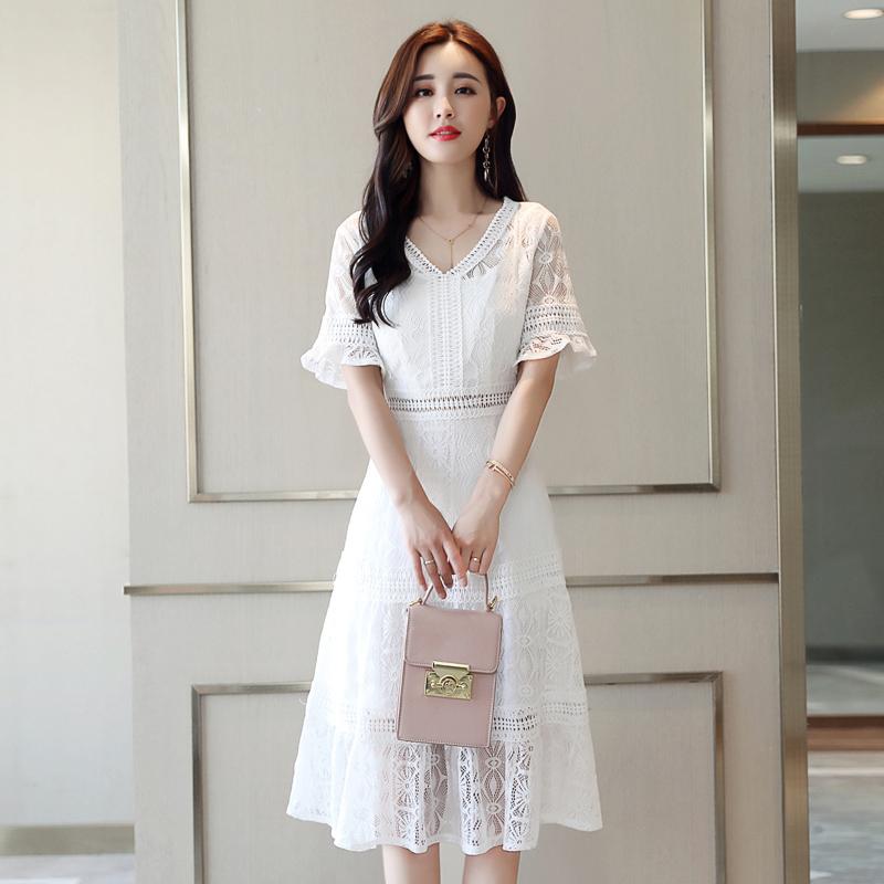已验货!新款白色性感收腰衣裙