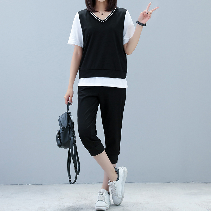 fb5496d28334e Two Piece Real Shot 2019 Summer New Thin Fake Two Short Sleeve T + Seven  Pants Sets