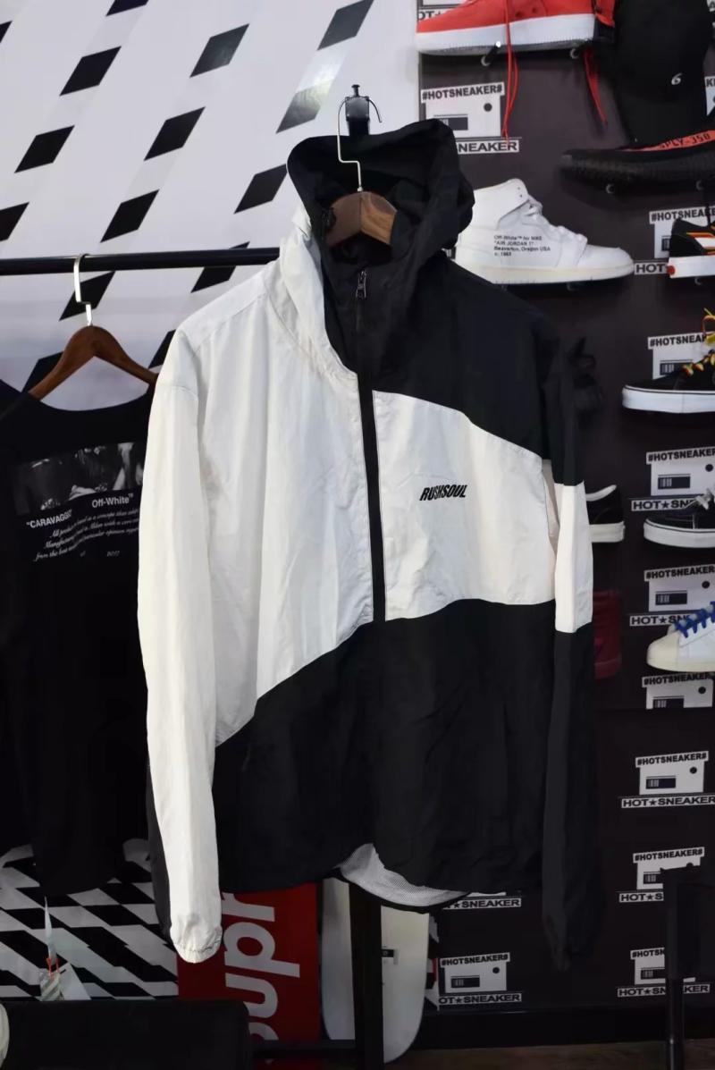 Orphan phúc lợi XL màu đen và trắng phù hợp với áo khoác trùm đầu Edison Chen với các thư lớn trùm đầu triều thương hiệu áo gió