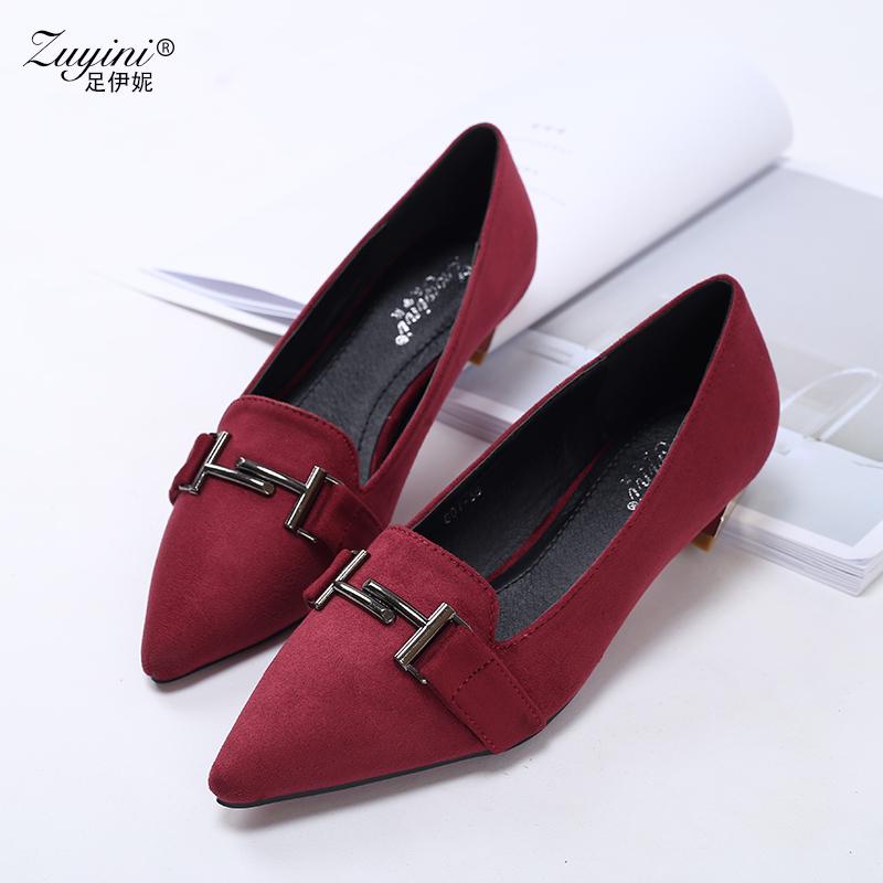 女绒面尖头浅口鞋 低跟单鞋