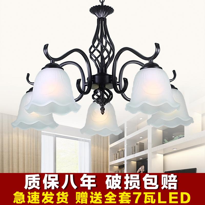 美式吊灯5头卧室灯温馨复古餐厅灯客厅灯吸顶灯简约铁艺欧式吊灯