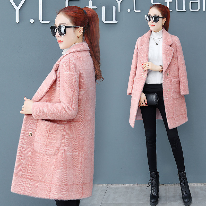 In the long section of the lattice jacket female 2019 autumn and Winter new Korean thick imitation gold Mink velvet woolen coat
