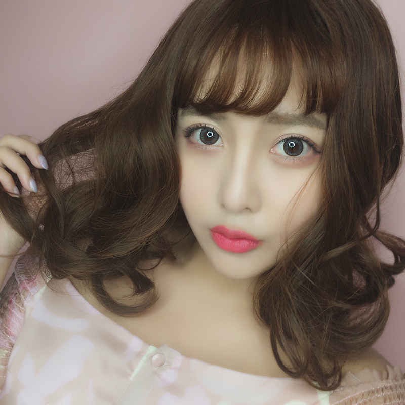 Short Curly Hair With Bangs Girls 79