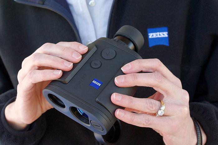 德国Zeiss蔡司激光测距仪胜利VICTORY 8x26 T* PRF 测量1200米