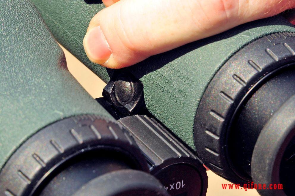 施华洛世奇双筒激光测距仪EL Range 8X42 W B