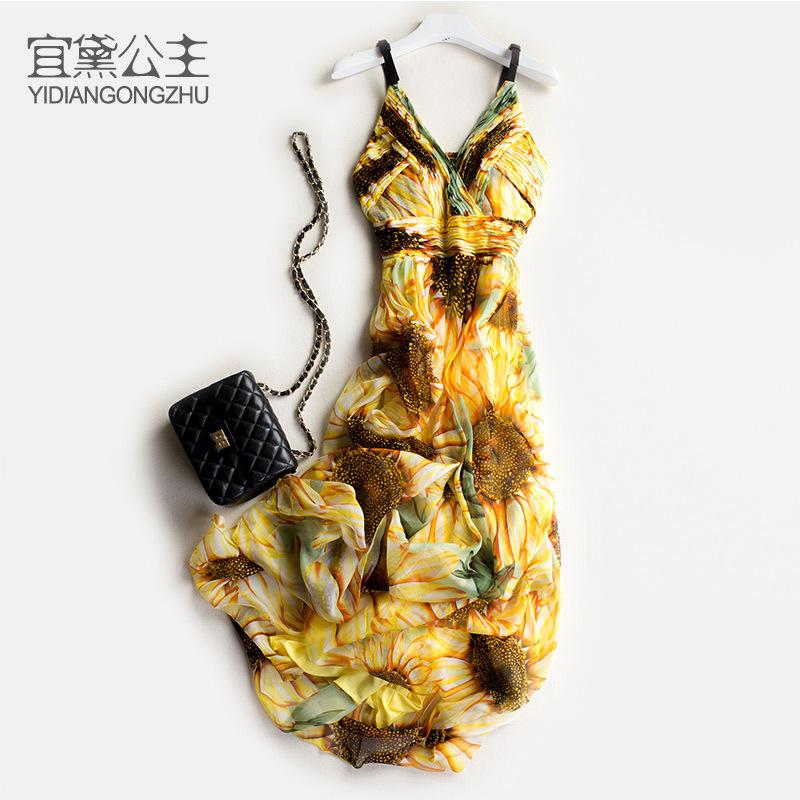 宜黛公主新款真丝连衣裙桑蚕丝品牌v领海边度假沙滩吊带长裙