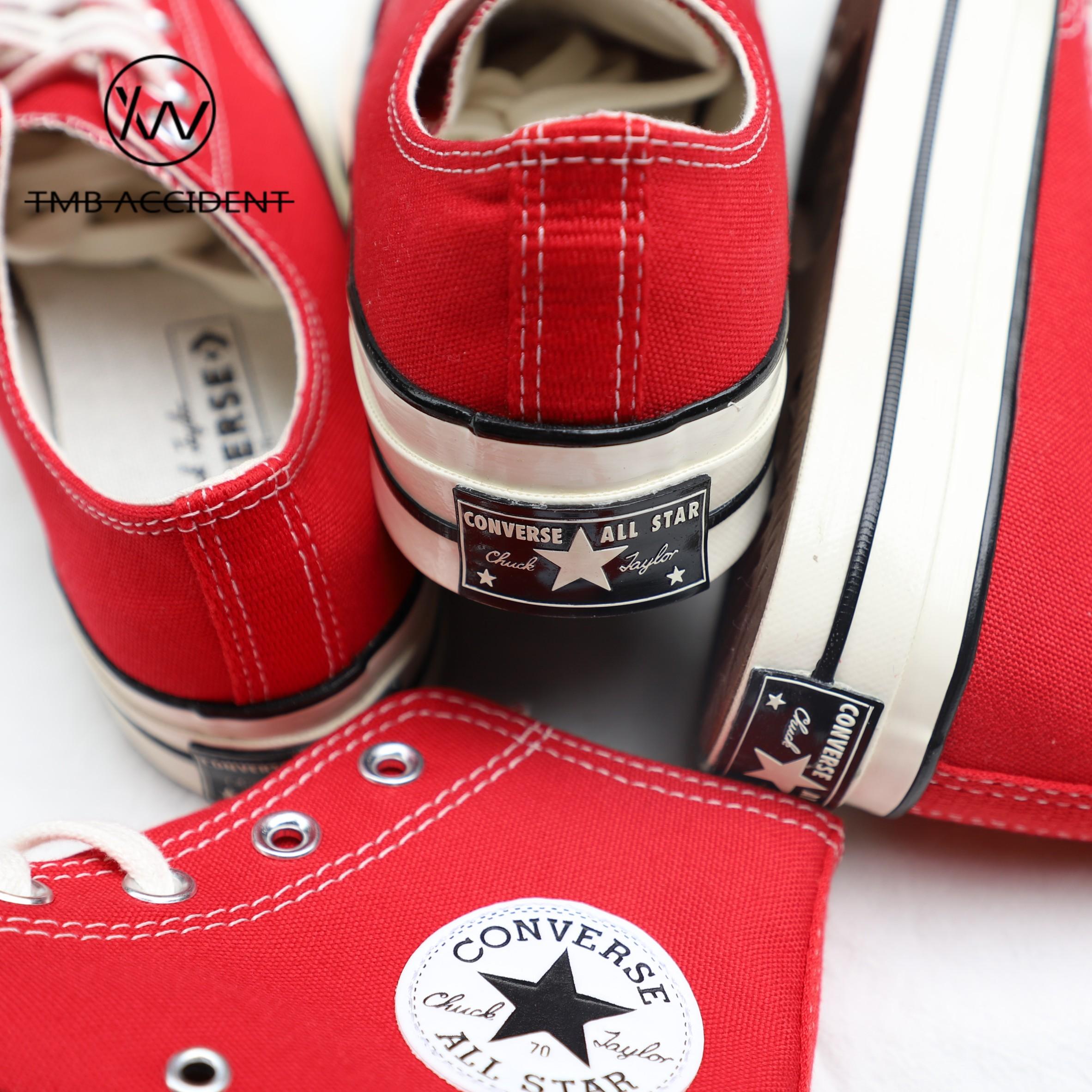 匡威耶诞红色高筒低帮帆布男鞋女鞋详细照片