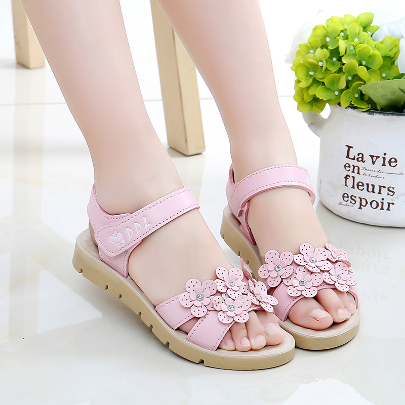 Girls sandals 2018 new big children Roman Princess shoes Korean children's breathable shoes pupils summer soft bottom