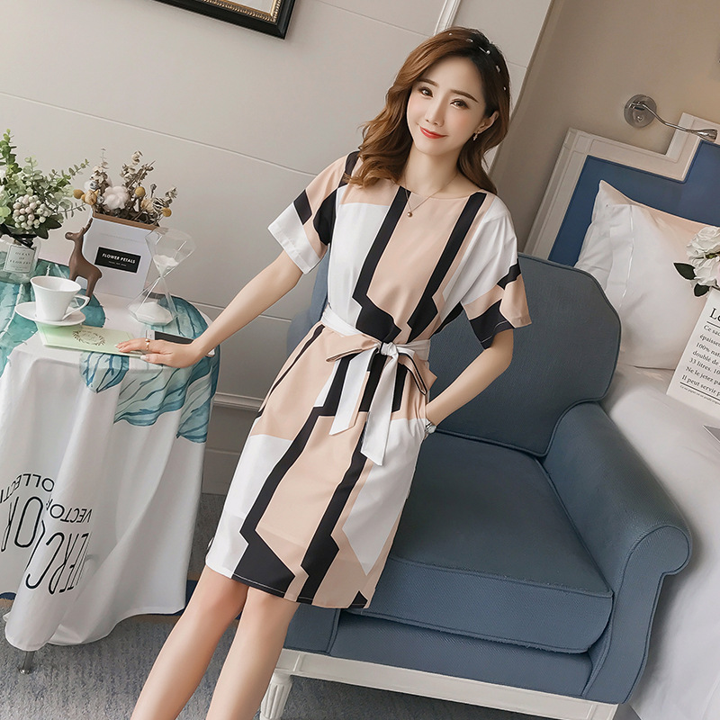 韩版收腰显瘦短袖时尚条纹不规则印花连衣裙