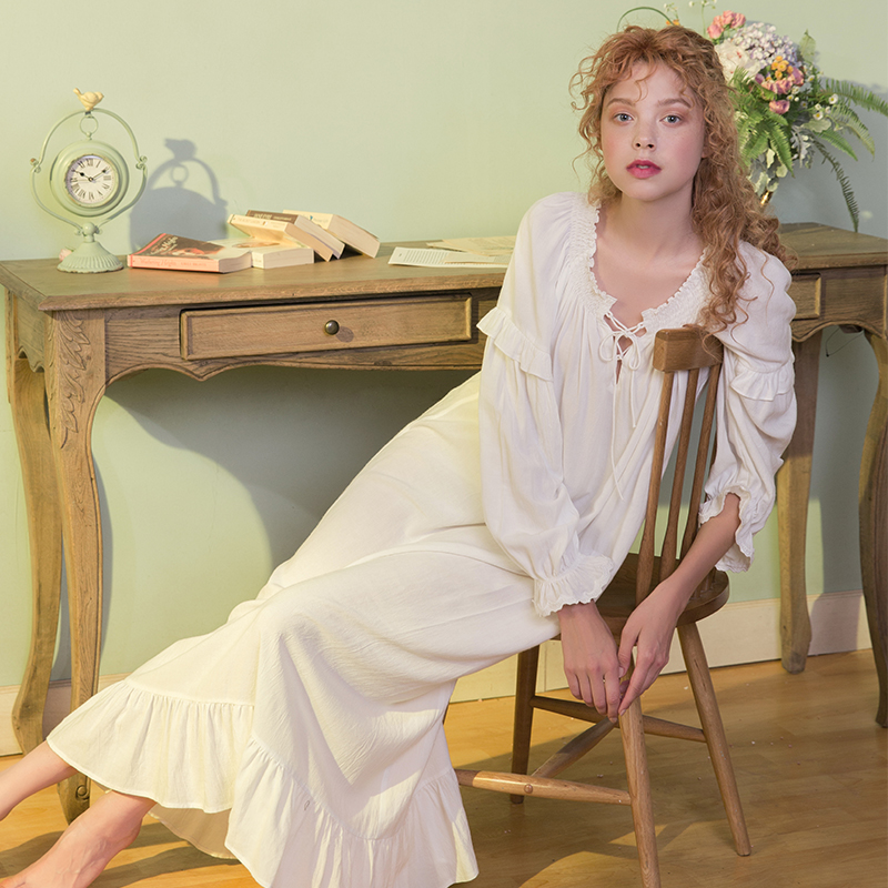 531166419d ... dust Hee autumn white retro thin section of the long paragraph loose  nightdress Princess sweet. Zoom · lightbox moreview · lightbox moreview ·  lightbox ...