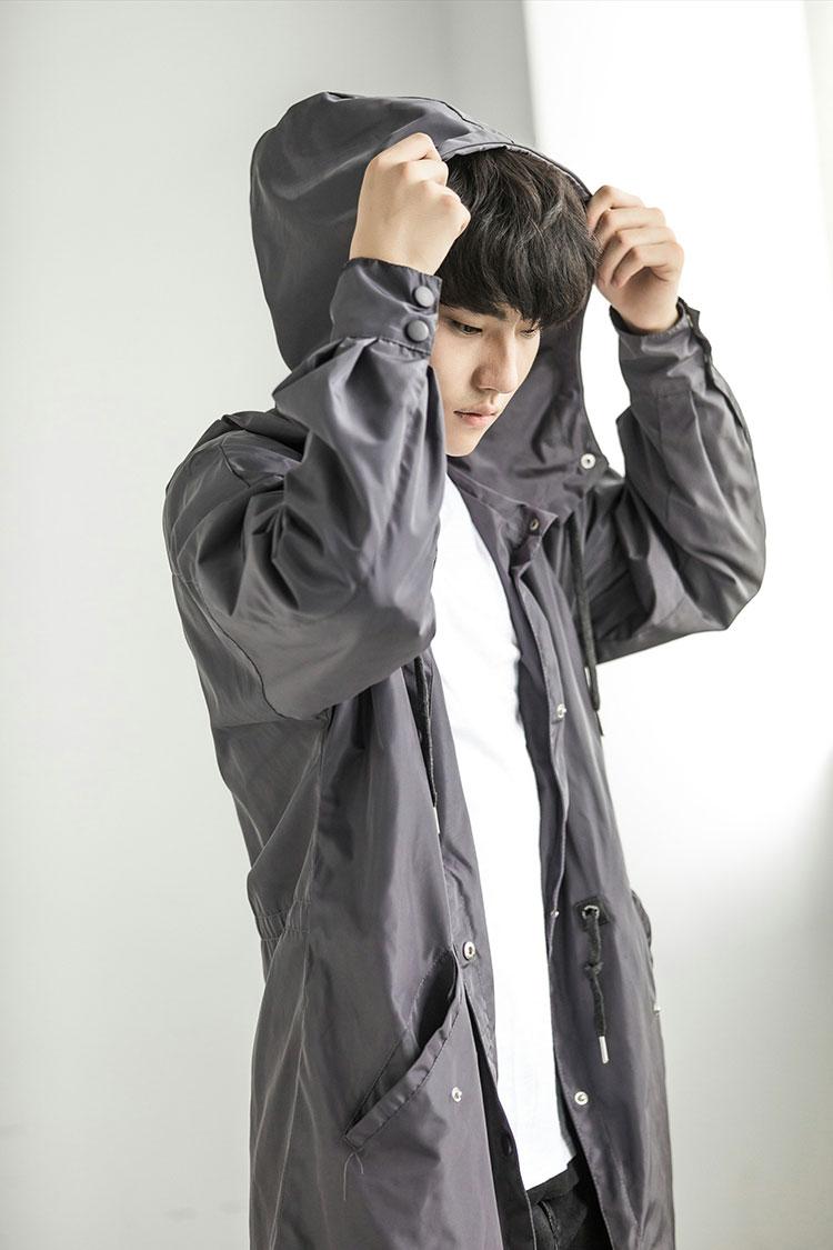 2018 mùa thu và mùa đông dài của nam giới áo gió trùm đầu Hàn Quốc phiên bản của Nhật Bản windproof phần mỏng siêu dài đầu gối áo