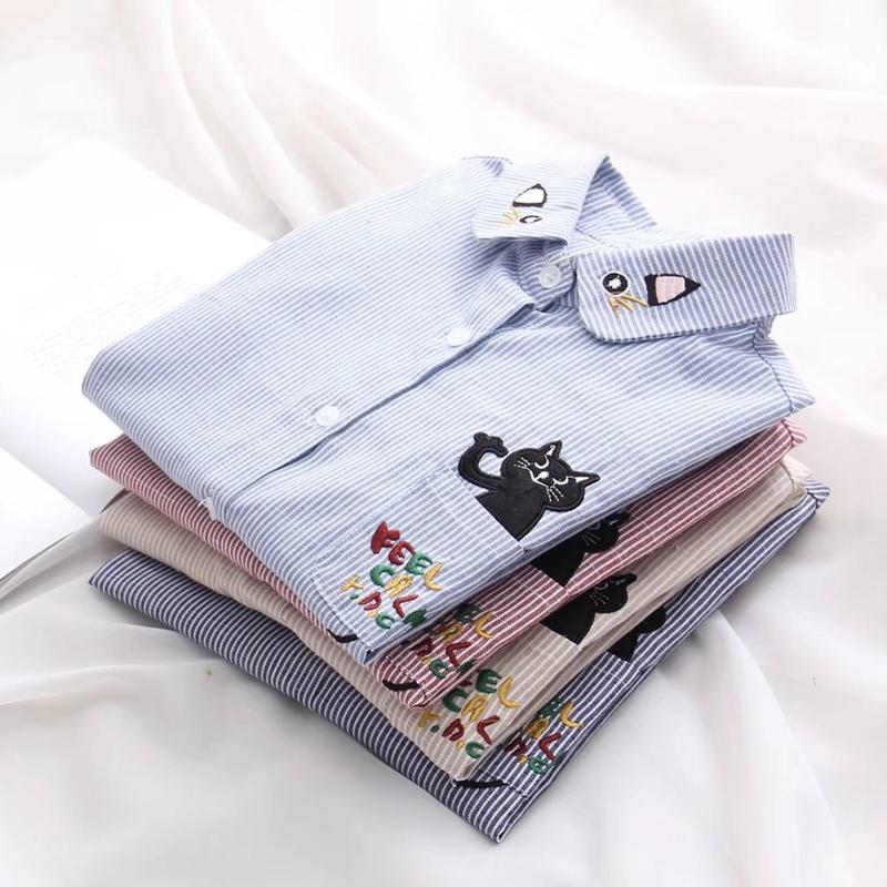 2018早春新款日系学院风可爱猫咪刺绣竖条纹衬衫女生长袖打底衬衣