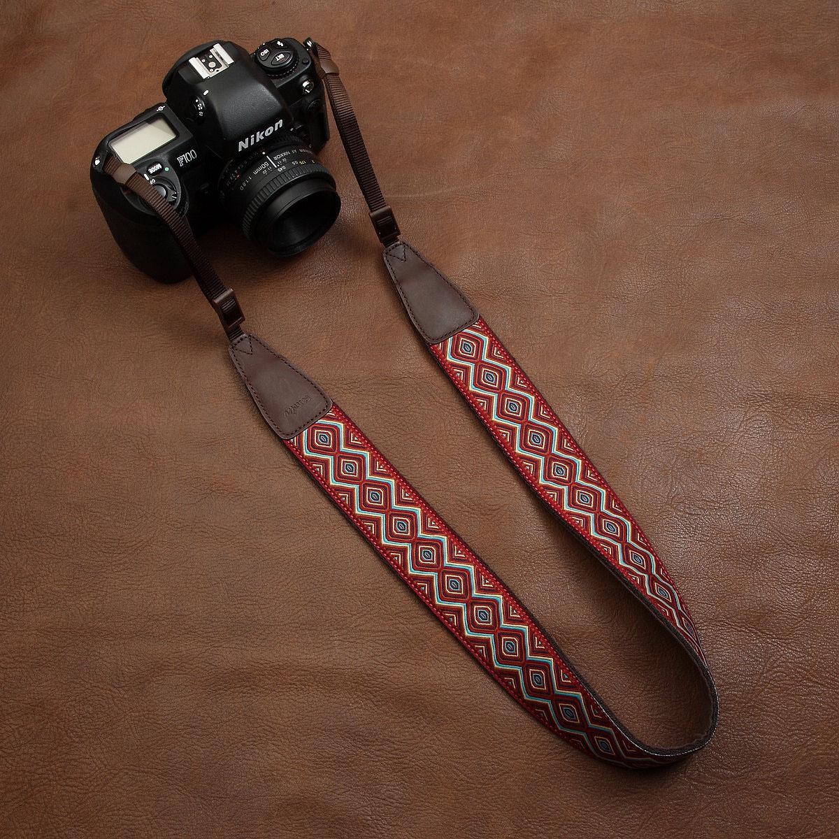 cam-in thêu phong cách dân tộc retro văn học DSLR Canon máy ảnh kỹ thuật số dây đeo micro đơn dây đeo vai cam7416 - Phụ kiện máy ảnh DSLR / đơn