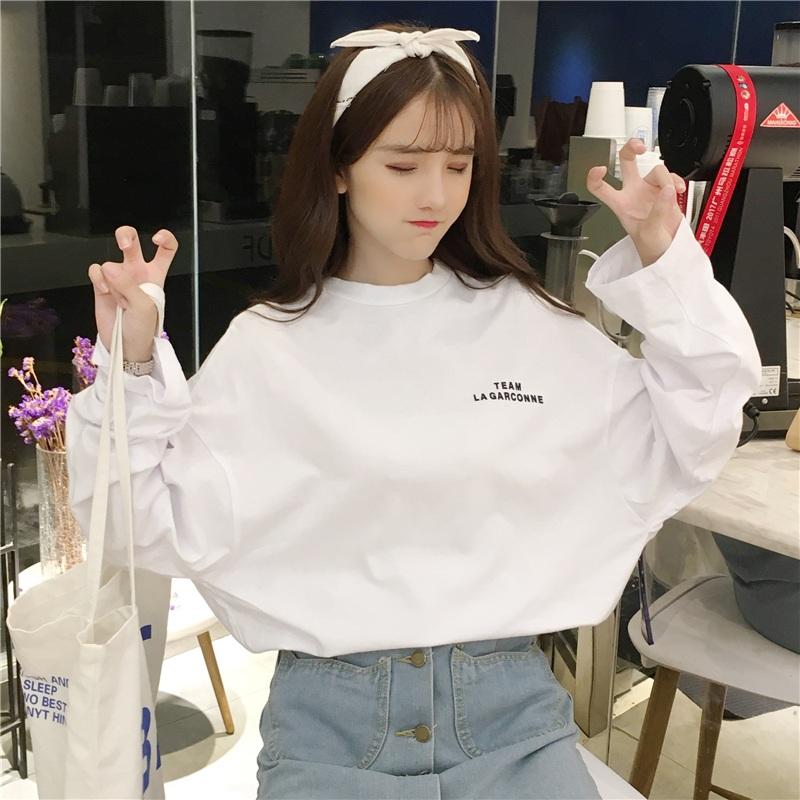 2018 раннее осеннее платье шик верх Yi Hong Kong вкус длинный рукав Женский студент корейская версия Ульцзан дикая ленивая футболка