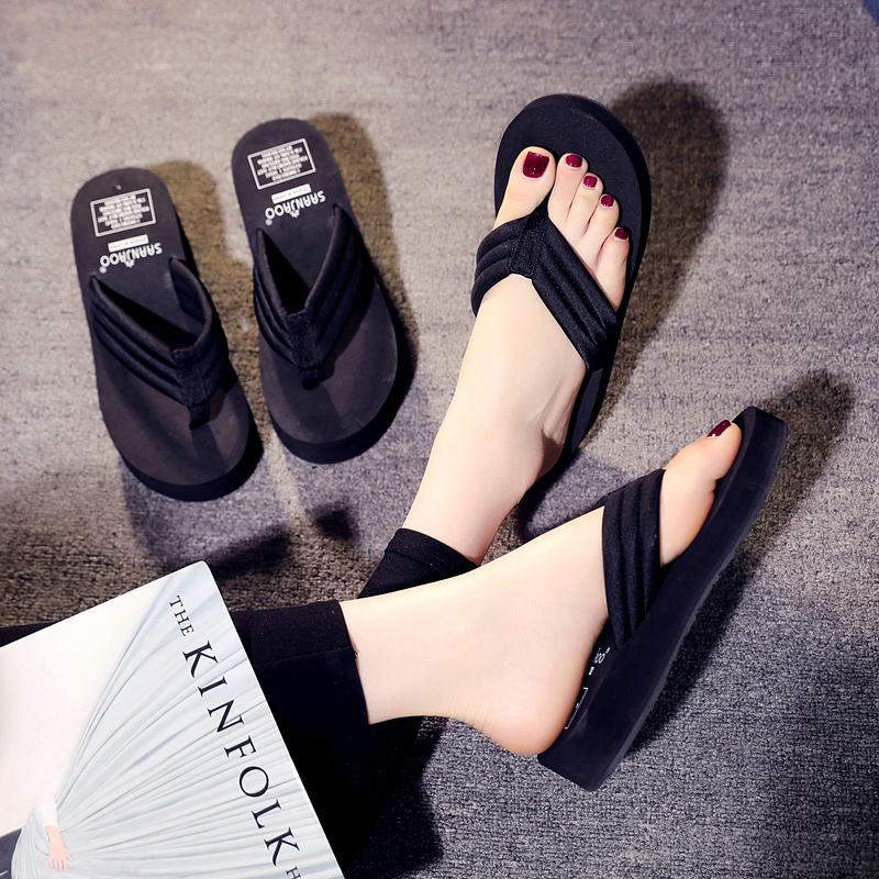 8d723521ee3 High-heeled flip-flops female summer fashion wear thick-soled nets red  slippers 2019 new beach wedge sandals and slippers